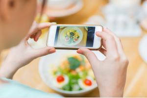 イマドキのお店の検索方法はインスタグラム(Instagram)